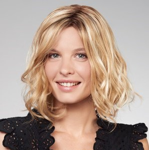 perruque-femme-cheveux-mi-longs-2 - New Hair Institut