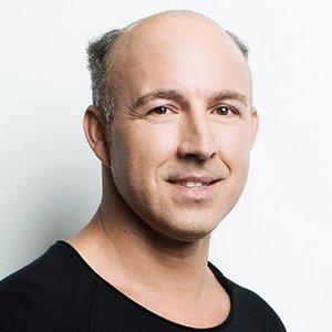 prothèse-dermofusion-homme-avant-6 - New Hair Institut